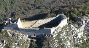 chateau de montsegur ariege pyrenees